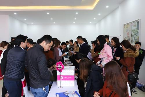 Khách hàng bốc thăm dành quyền mua căn hộ The K- Park