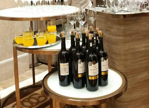 Lưu ý khi mua rượu vang Tết