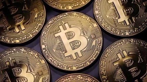 hai-nha-dau-tu-bitcoin-bi-cao-buoc-lua-dao