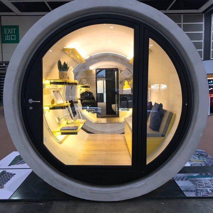Nhà 'ống cống' giá 15.000 USD tại Hong Kong