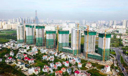 Dự án The Sun Avenue nằm dọc theo đại lộ Mai Chí Thọ đang trong quá trình thi công. Ảnh: H.T