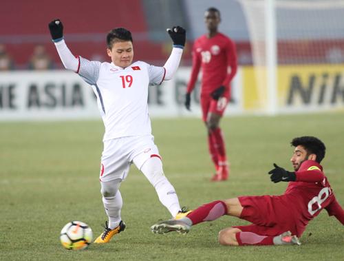 Hàng quán miễn phí cho người tên Dũng, Hải mừng U23 Việt Nam vào chung kết