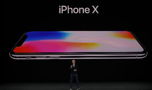 Apple sẽ cắt giảm sản lượng iPhone X năm nay.