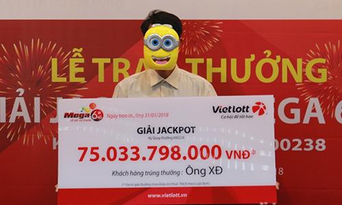 Ông XĐ nhận giải thưởng trị giá hơn 75 tỷ đồng.