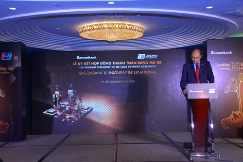ông Yang Wenhui - Tổng giám đốc UnionPay Đông Nam Á phát biểu trong sự kiện.