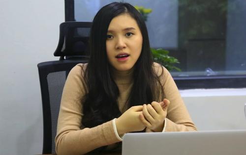 Bà Mai Thị Lan Vân  Giám đốc Marketing Adayroi.