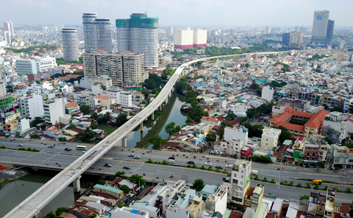 Sự tăng trưởng mạnh mẽ của tầng lớp trung lưu tại các đô thị lớn của quốc gia đang phát triển đang mở ra nhiều cơ hội cho bất động sản nhà ở và thương mại. Ảnh: Quỳnh Trần