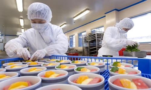 Vietnam Airlines là khách hàng lớn nhất của Suất ăn hàng không Nội Bài.