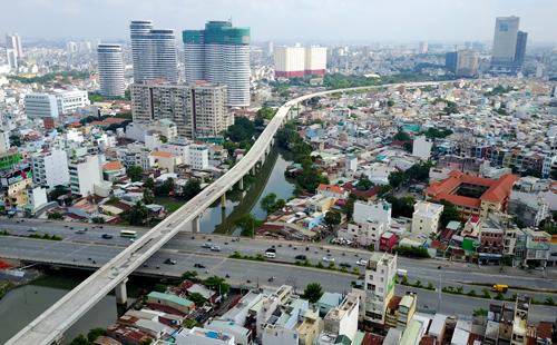 Giá đất quanh các ga metro Sài Gòn đua nhau leo thang