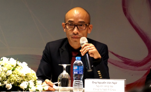 Nhà sáng lập Ngữ Á Châu cho biết chấp nhận sáp nhập với Takara Belmont và rời ghế CEO vì muốn nhìn thấy thương hiệu mình tồn tại lâu dài hơn, nhờ vốn mạnh từ phía Nhật. Ảnh: Viễn Thông