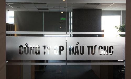Trụ sở Công ty Đầu tư CNC, nơi Nguyễn Văn Dương là Chủ tịch HĐQT,đóng cửa tối om trong sáng 13/3. Ảnh: Anh Tú.