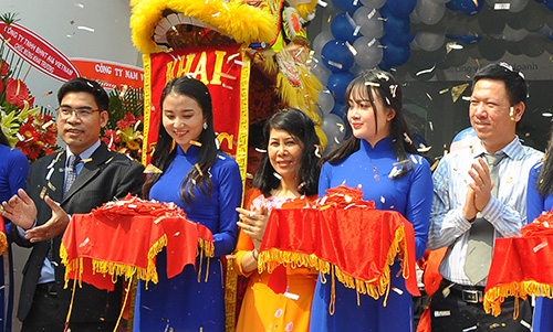 Lễ khai trương phòng giao dịch Thủ Đức tại quận 9, TP HCM. Ảnh: Ngân hàng Bản Việt.