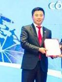 Ông Nguyễn Văn Dương trong lễ đón nhận giấy phép trung gian thanh toán của CNC.