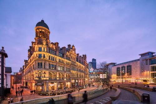 Bốn lý do người Việt đầu tư vào bất động sản Manchester