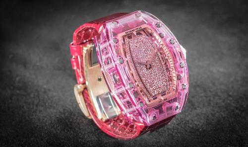Đồng hồ Richard Mille Pink Lady Sapphire triệu đô dành cho phái đẹp
