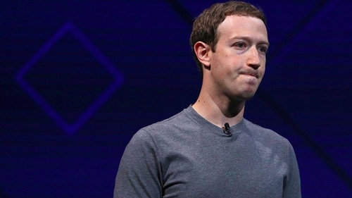 mark-zuckerberg-lan-dau-len-tieng-ve-scandal-cua-facebook