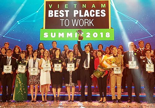 Vinamilk lên ngôi vương nơi làm việc tốt nhất Việt Nam 2017
