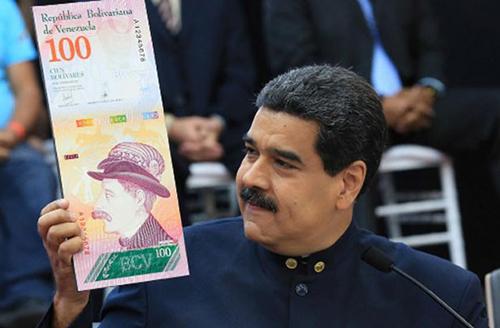 Ông Nicolas Maduro, Tổng thống Venezuela cho rằng, việc xoá bớt 3 số 0 trên đồng tiền Bolivar là để chống lại cuộc chiến tranh kinh tế do Mỹ dẫn đầu nhằm vào Caracas. Ảnh: Reuters