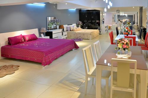 Hệ thống Showroom 5000m2 của Nội thất Gia khánh mở cửa liên tục từ 8h-21h để phục vụ tối đa nhu cầu mua sắm của khách hàng