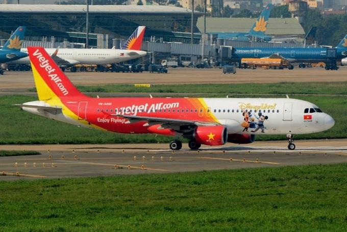 Máy bay kỷ niệm quan hệ Việt Pháp gia nhập đội tàu sinh động của Vietjet