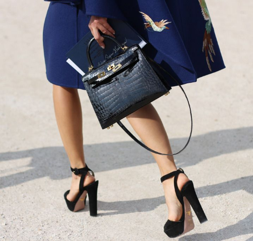 Chiếc túi Kelly biểu tượng của Hermès.