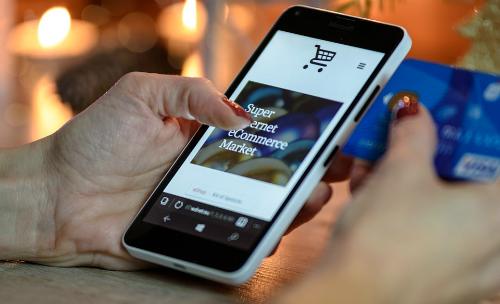 72% lượng truy cập website thương mại điện tử tại Việt Namđến từ di động.