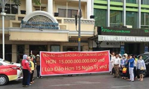 Hàng nghìn nhà đầu tư vào Ifan im lặng dù mất 15.000 tỷ đồng