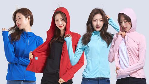 Sau lễ ký kết, Fashion Star đã cho ra mắt trên toàn hệ thống bộ sưu tập Air Hoodie nhẹ cùng những tính năng nổi bật cho phái đẹp.