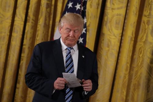 Tổng thống Mỹ - Donald Trump trong một sự kiện tại Nhà Trắng đầu năm ngoái. Ảnh: Reuters