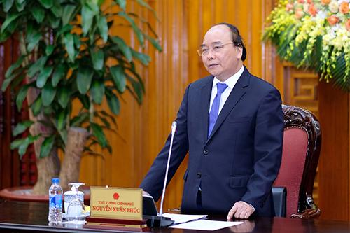 Thủ tướng chủ trì cuộc họp với các thành viên Tổ tư vấn kinh tế ngày 20/4.