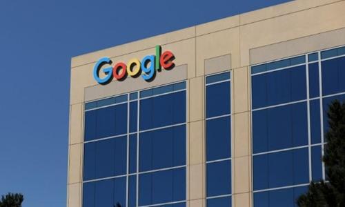 Bên ngoài một văn phòng của Google ở California (Mỹ). Ảnh: Reuters