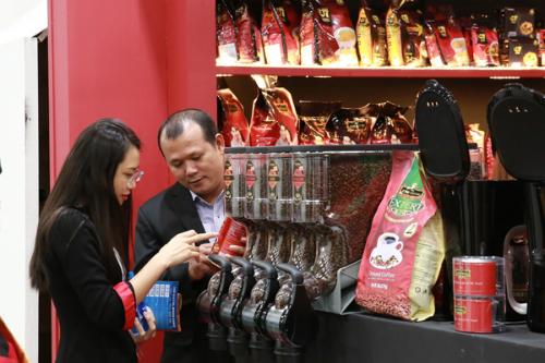 King Coffee ra mắt các dòng sản phẩm cà phê mới tại Singapore