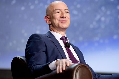 CEO kiêm nhà sáng lập Amazon - Jeff Bezos. Ảnh: Bloomberg