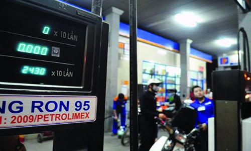 Giá xăng dầu đẩy CPI tháng 4 tăng
