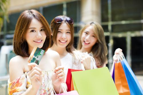 Loạt ưu đãi chủ thẻ của HDBank dịp hè