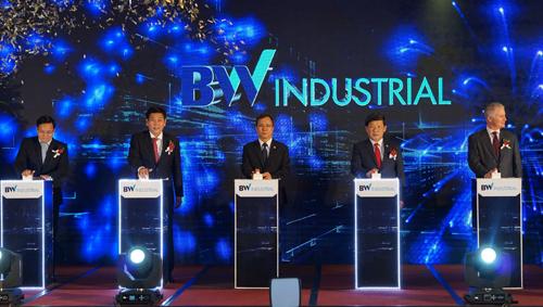 Becamex IDC hợp tác quỹ ngoại phát triển bất động sản công nghiệp