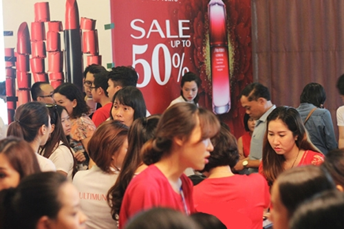 Doanh nghiệp được dỡ trần khuyến mại 50%