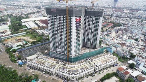 Cất nóc khu căn hộ 37 tầng tại quận 8