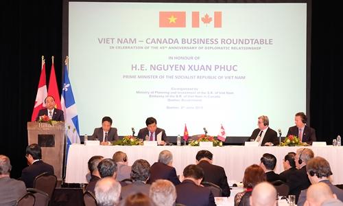 Thủ tướng tham gia Tọa đàm Doanh nghiệp Việt Nam - Canada. Ảnh: VGP