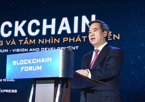 Ủy viên Bộ Chính trị, Bí thư Trung ương Đảng, Trưởng ban Kinh tế Trung ương Nguyễn Văn Bình phát biểu khai mạc chương trình.