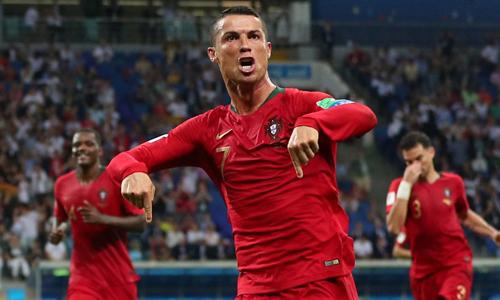 Cristiano Ronaldo kiếm tiền như thế nào để có khối tài sản gần nửa tỷ USD