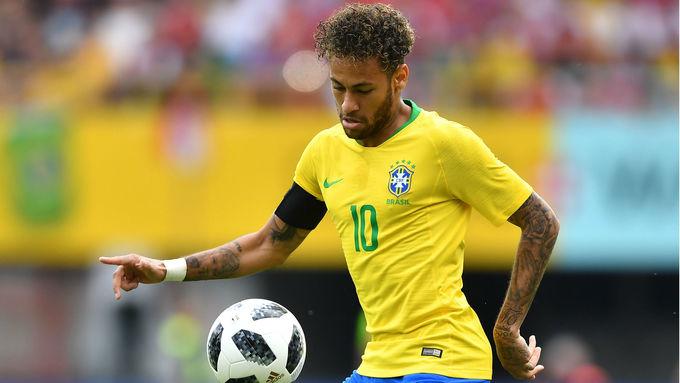 Những cầu thủ kiếm tiền giỏi nhất World Cup