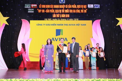 Aviva Việt Nam vinh dự nhận giải thưởng Top 100 sản phẩm, dịch vụ tốt nhất cho gia đình và trẻ em có sản phẩm bảo hiểm liên kết chung Yêu thương trọn vẹn.