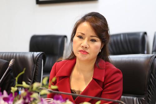 Bà Chu Thị Bình ở buổi gặp báo chí chiều 26/6. Ảnh: Lệ Chi.