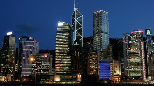 Hong Kong đã soán ngôi Luanda trong danh sách của Mercer năm nay. Ảnh: Reuters