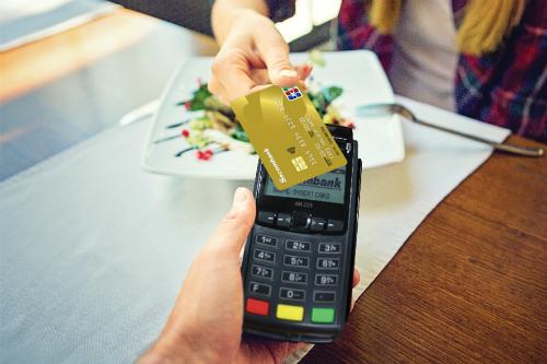 Khách hàng có thể dùng thẻ Sacombank JCB