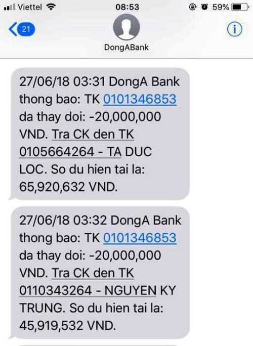 Tin nhắn báo tài khoản chị Thùy bị trừ 20 triệu do chuyển khoản.