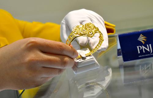 Giao dịch vàng ở công ty vàng trong nước vẫn trầm lắng. Ảnh: Lệ Chi.