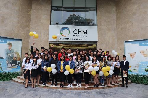 TrườngQuốc tế CHM vẫn tiếp tục tuyển sinh bằng biện pháp xét học bạ như 1 số năm trước.