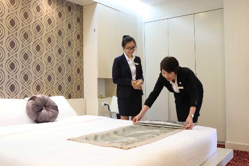 Trường CHM xét tuyển học bạ lớp 12 có 2 ngành đào tạo chính của trường là Quản trị Khách sạn và Nghệ thuật Ẩm thực trong năm học 2018-2019.